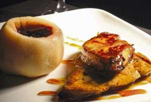 Foie gras de canard poêlé au caramel et au crémant de Bourgogne