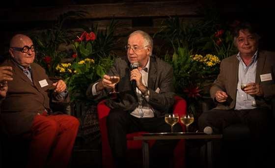 Jean-Robert Pitte (au centre), accompagné de Jean-Pierre Coffe et Jacques Dupont lors du dernier salon LIvres en vignes sera© Clement Bonvalot