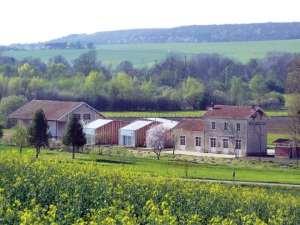 Leuglay-Voulaines, une gare et un gîte aux parfums de Romy Schneider