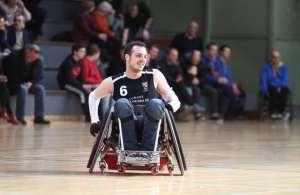 Rugby-fauteuil à Nuits: Corentin rêve d'une salle et il l'aura!