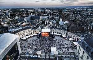 Ce concert de rentrée qui réveille la Place de la Libération