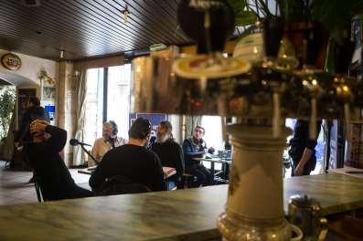 2017-11-16-bourgogne-mag-cafe-bourru-ideal-bar-JJ-12