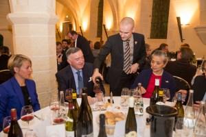 Paulée de Dijon : le chanoine Kir a commandé le menu !