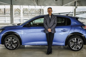 Thierry Brossier et la Peugeot e-208 : une vraie lionne électrique