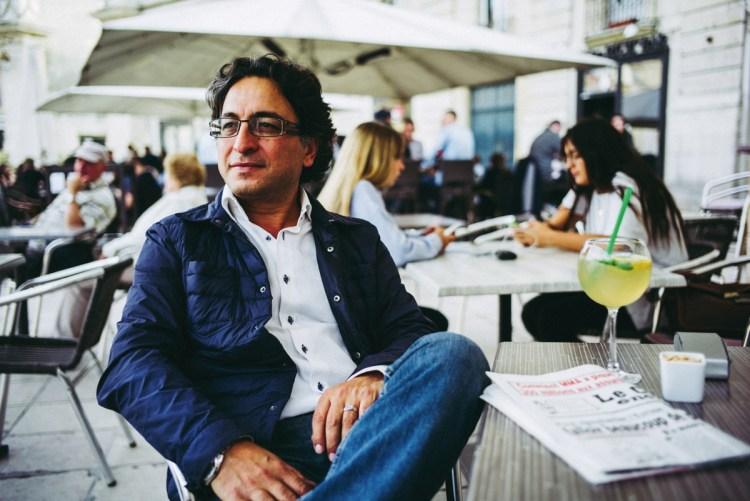 rrivé en France en 1987 avec le statut de réfugié politique, Azim Naim a quitté son Afghanistan natal sous influence talibane. Il est aujourd'hui responsable des formations professionnelles pour le groupe Dijon Céréales.
