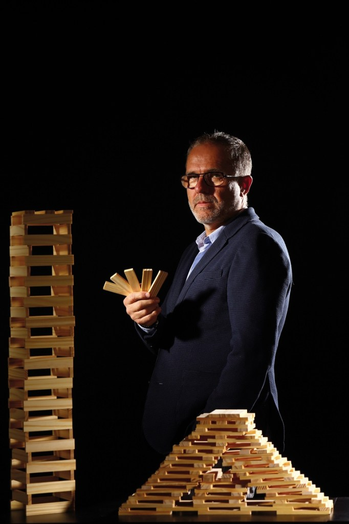 Président de Forestarius et directeur général de la Société Est Métropoles, Thierry Coursin mise sur l'avenir des constructions bois, même si le développement de projets à grande échelle n'est pas aussi simple qu'un jeu de Kapla.