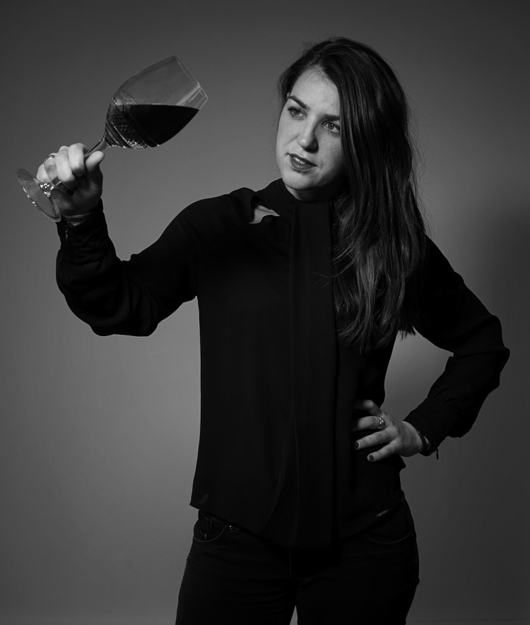 r ailleurs fondatrice d'œnotourisme.com, Marie Dupuis vise le millier de vignerons inscrits à ces prometteuses «portes ouvertes» annuelles.