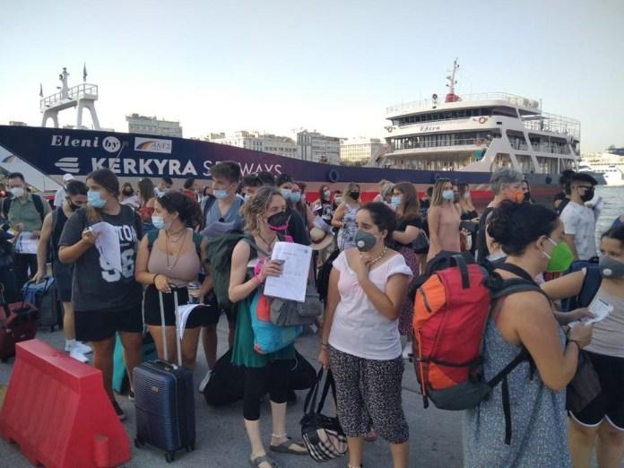 Ταξίδι με πλοίο: Τι χαρτιά πρέπει να έχετε μαζί σας για να ταξιδέψετε