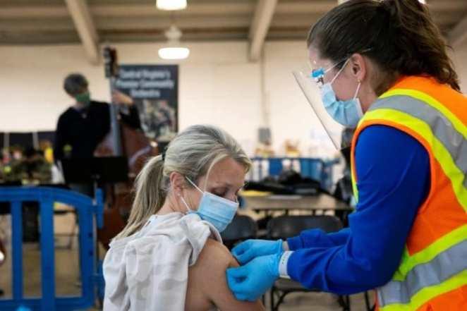 Forbes listeledi: Covid-19 aşılarını kim, neden reddediyor 14