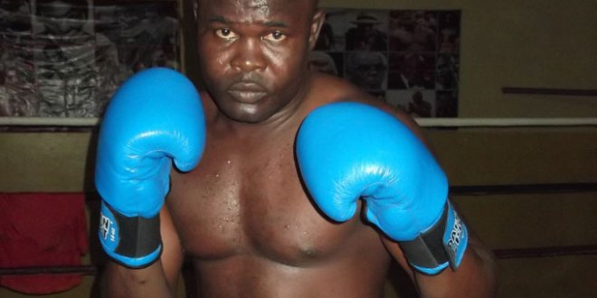 Bukom Banku fights Albert Ferenc