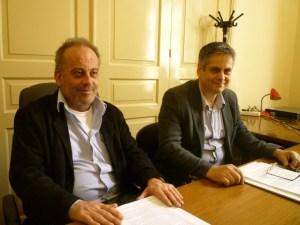 Ο Σταμάτης Μπεχράκης (δεξιά) με τον Γιάννη Θεοφιλόπουλο, μέλος στη διοίκηση του ΦΟΔΣΑ, δημοτικοί σύμβουλοι