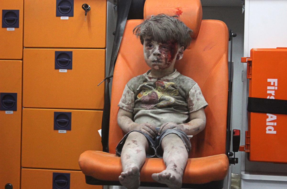 Άρθρο της Robin Wright , 20 /8/2016  Tα μωρά πεθαίνουν στο Χαλέπι