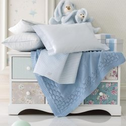 Lenzuola Culla Lettino Blumarine Marina Azzurro Lenzuola 3 pezzi Blumarine Culla/Lettino Baby Marina Azzurro
