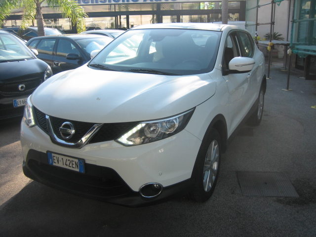 Nissan Quashquai Acenta 1.5 dci 2015 FULL OPTIONAL