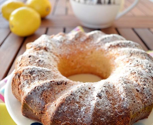 Bundt Cake de queso fresco y limon