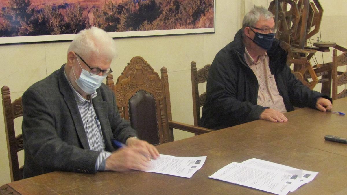 Δηλώσεις Περιφερειάρχη Ηπείρου Αλέξανδρου Καχριμάνη και Δημάρχου Ιωαννίνων  Μωυσή Ελισάφ για την ζητήματα που αφορούν την πανδημία του κορωνοϊού |  Δημοτικό Ραδιόφωνο Ιωαννίνων