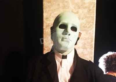 máscara plástico termomoldeado hombre