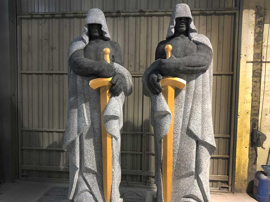 Esculturas para la Casa de Papel 3 atlantes