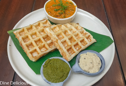 Idli Waffle with Mushroom Pondi Curry