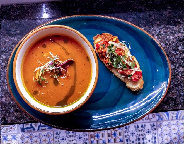 Slow Roast Tomato Basil Soup