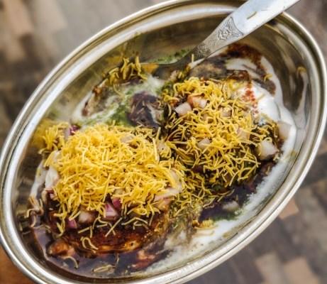 Dilli Wali Aloo Tikki Chaat Recipe