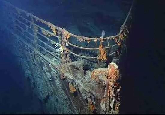 Σπάνιες φωτογραφίες του Τιτανικού από τον άνθρωπο που ανακάλυψε το ναυάγιο για πρώτη φορά.