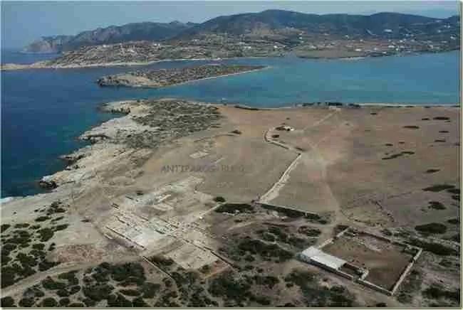 Δεσποτικό: Το άγνωστο νησί με τις ωραιότερες παραλίες ίσως και του πλανήτη γίνεται ανοιχτό μουσείο