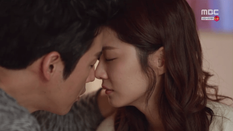 Jang Hyuk and Jang Na-Ra Share a Kiss in Fated to Love You