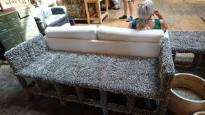 MorYork - Pop-tab couch
