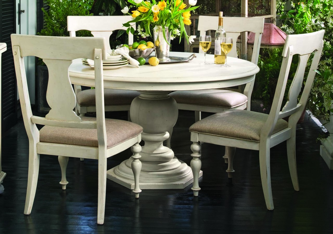 Paula Deen Home 5 Pc Round Pedestal Dining Set In Linen By