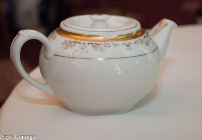 Tea at the Willard