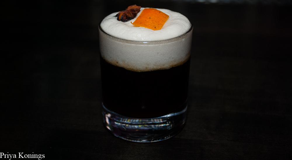 Hank's Cocktail Bar
