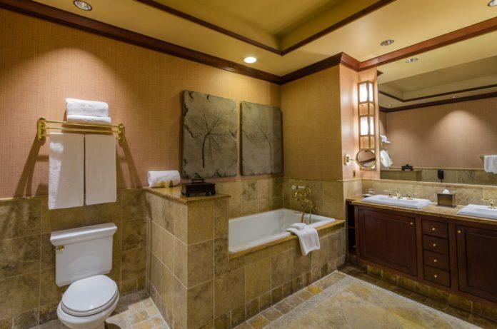 Falling Rock - Bathroom at Nemacolin Woodlands Resort