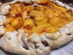 Rustic Peach Tart www.diningwithmimi.com