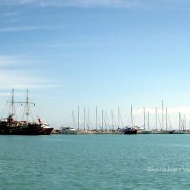 Ambarcatiunile din port