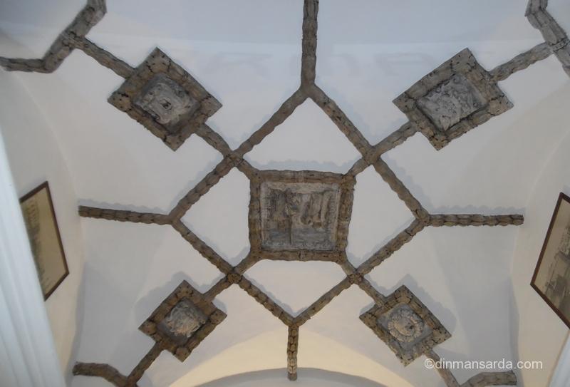 Celebra farmacie din Gallipoli - tavanul