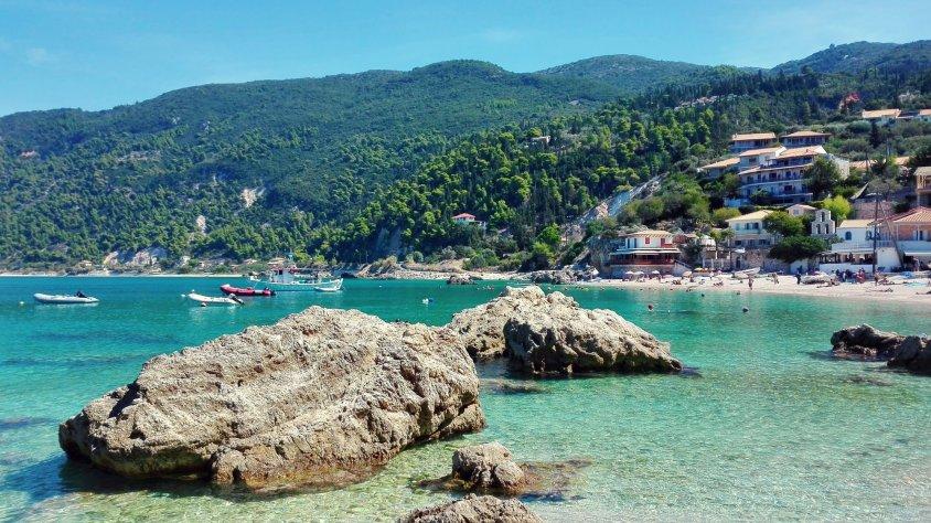 Încă o zi în vestul insulei Lefkada: Agios Nikitas – Milos Beach