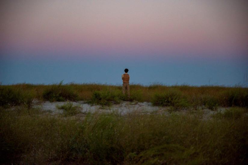 ÎNTRE CHIN ȘI AMIN – un film de Toma Enache. Gânduri adunate