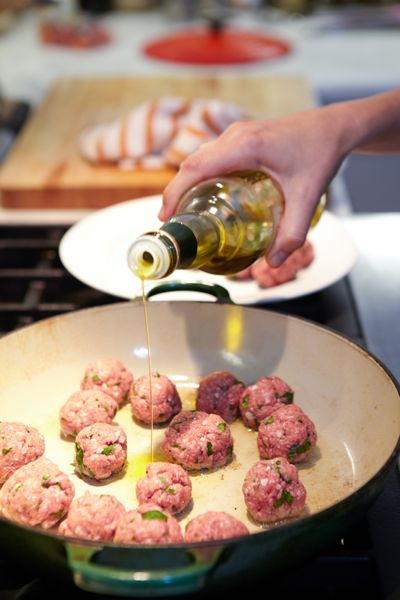 Meatball Recipes Grandma's Meatballs Beef Vintage Recipe Dinner Olive Oil Frying Pan