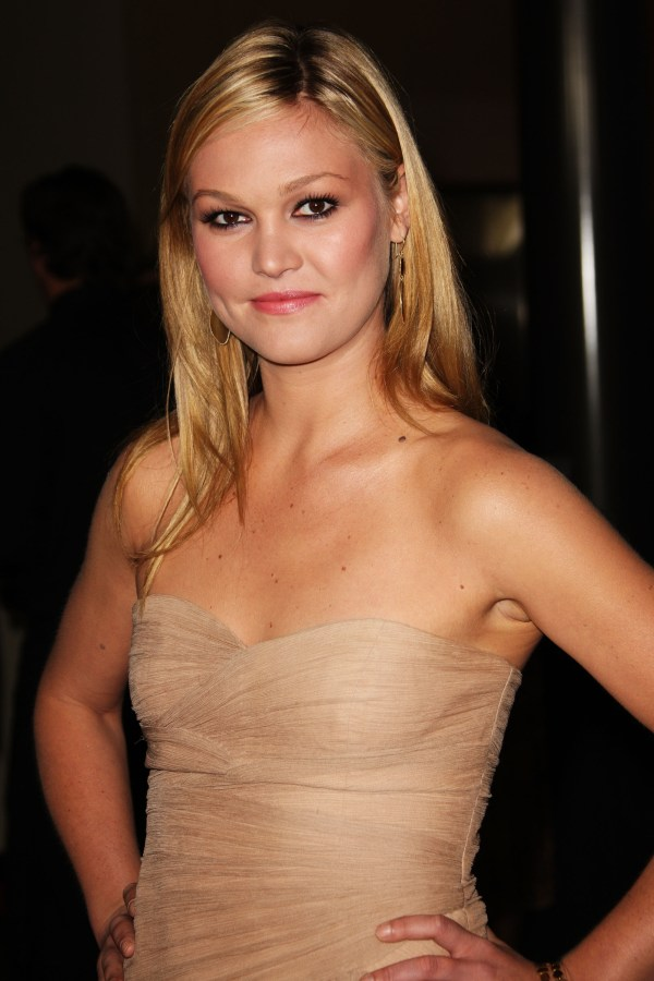 Actress Julia Stiles on eating lipstick instead of brunch ...