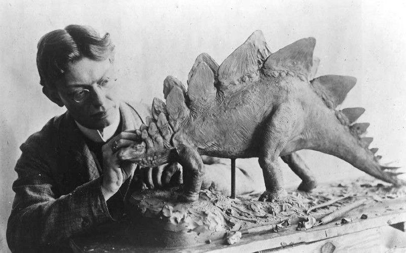 charles r knight stegosaurus