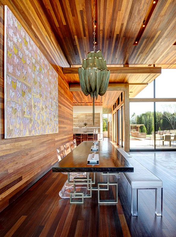 casa de madera y cristal