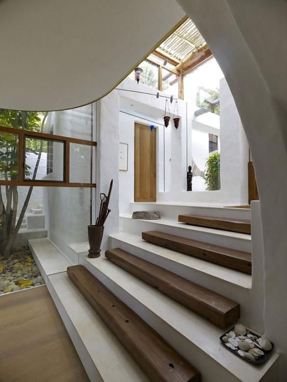 casa en blanco y madera