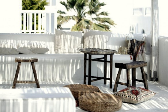 Muebles terraza blanco