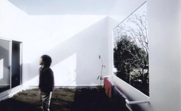 casaentreciruelos-kazuyosejima-minimalismo2