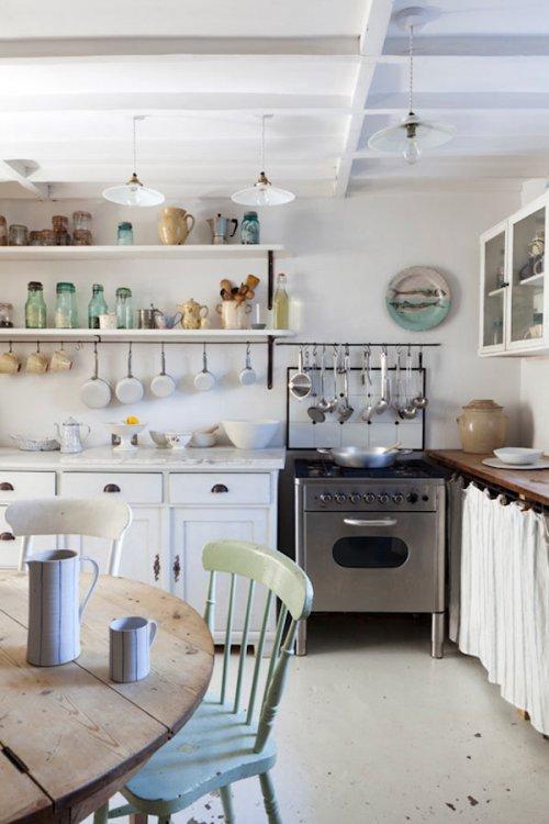 Una encantadora casa blanco vintage