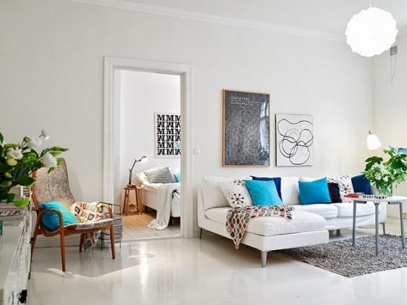 Salón nórdico blanco + azul