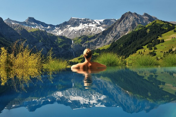 Infinity Pool_Cambrian Hotel Suiza