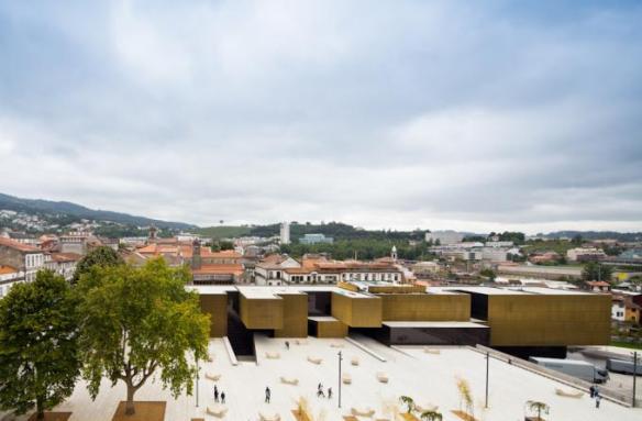 Centro Internacional para las Artes José de Guimarães 2