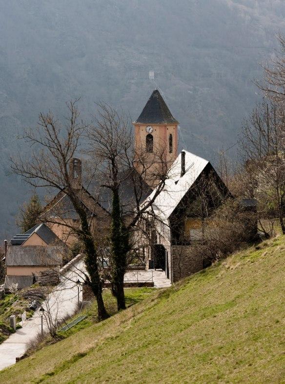 Casa en los Pirineos por Cadaval y Solà-Morales 1